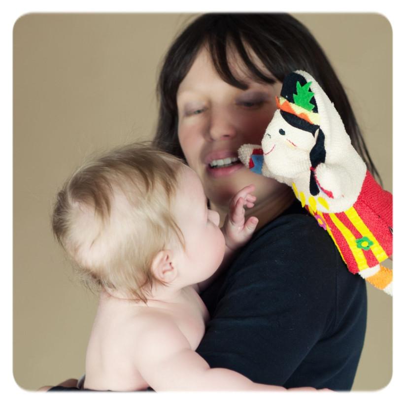 XKKO Žinka s bábkou (PE) - Hroch