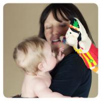 XKKO Žinka s bábkou (BA) - Strašidlo